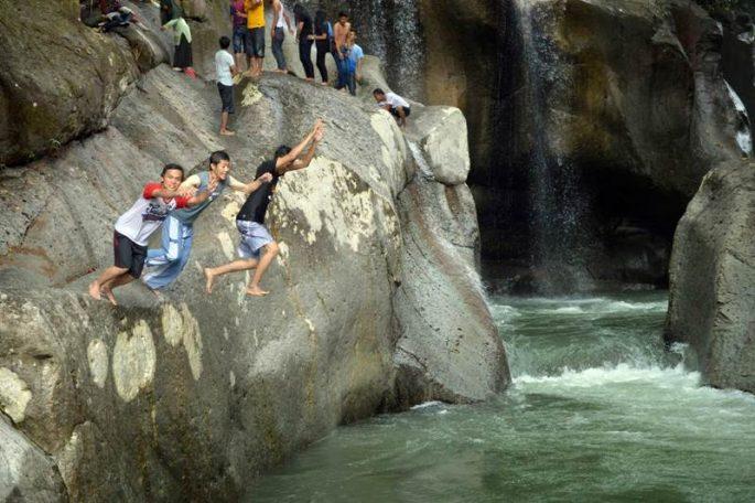 Air Terjun Nyarai