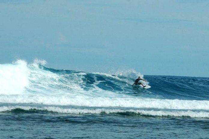 Hasil gambar untuk pantai tanjung setia