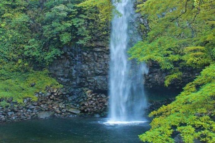 air-terjun-lembah-anai-696x464