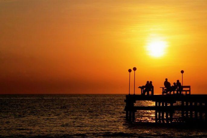 Pantai Akkarena sunset