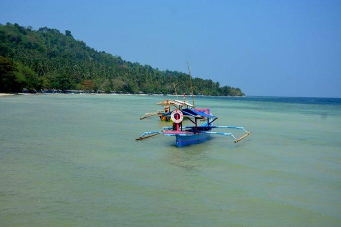 pantai-klara-perahu