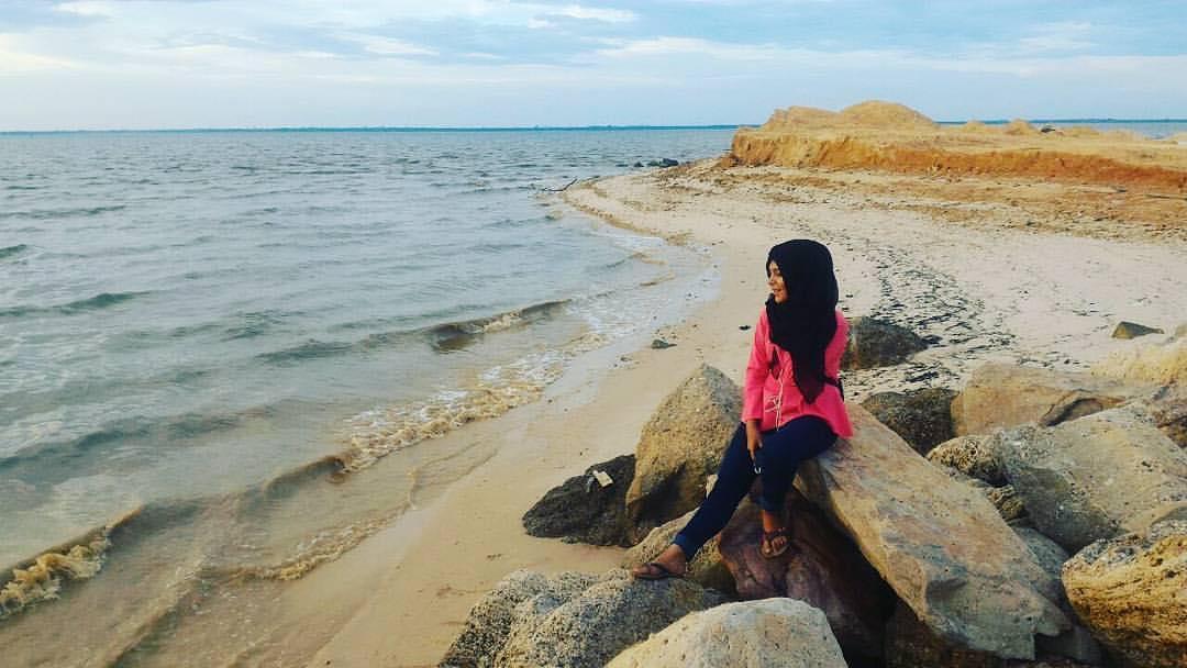 Pantai Koneng Tempat Wisata Dumai