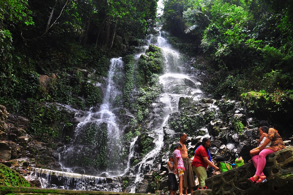 Air Terjun Linggahara
