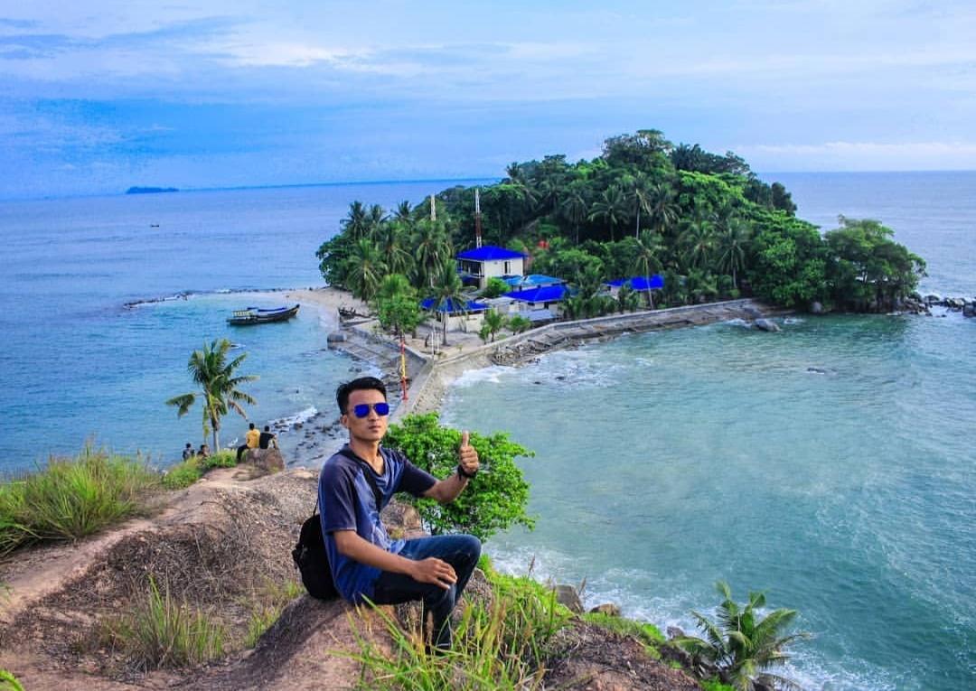 Pulau Pandang Pantai di Batubara