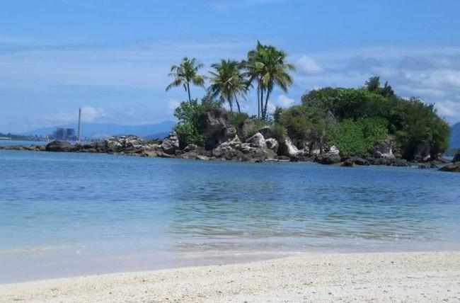Pulau Sarudik pantai di sibolga