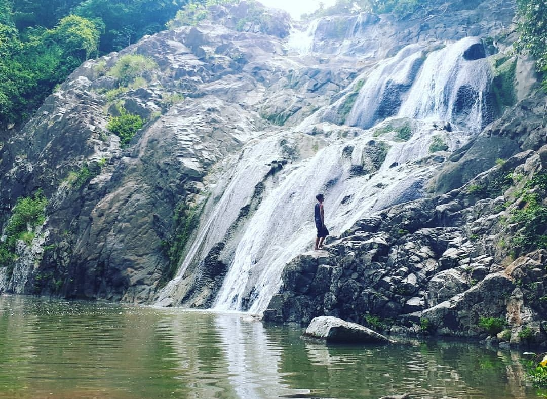 air terjun minawoe tempat wisata di soppeng